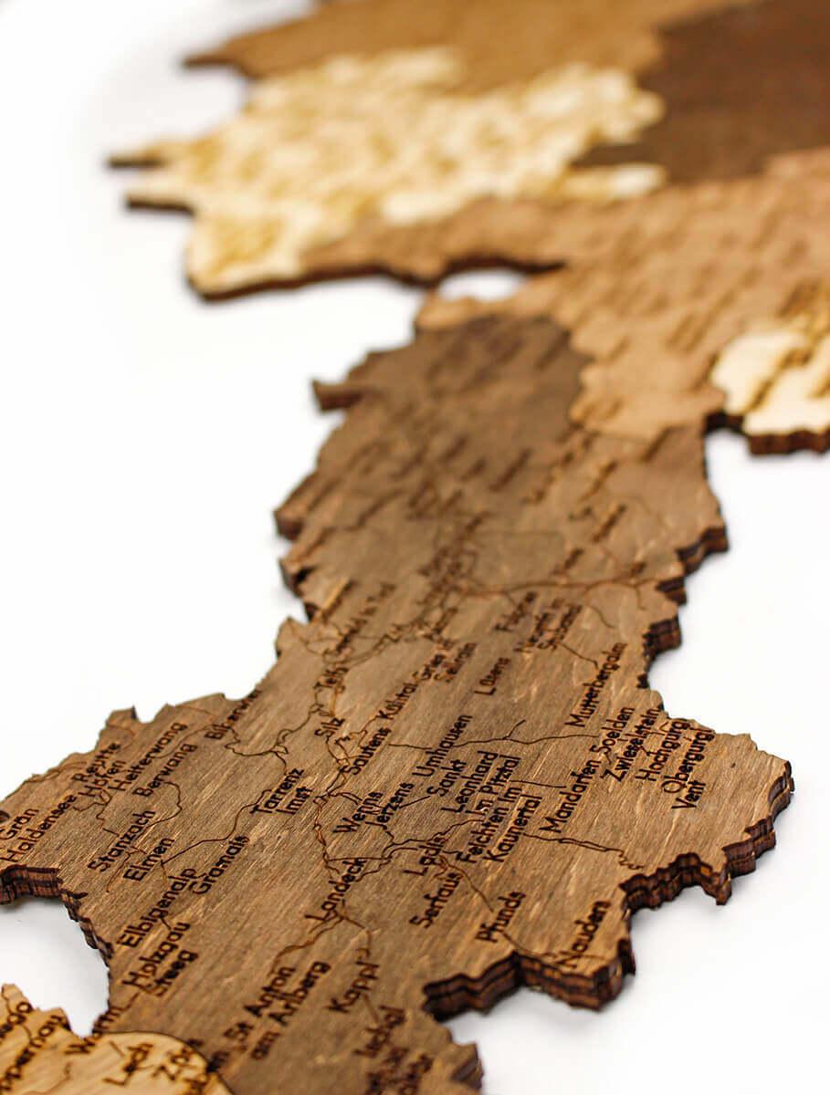 Nástenná drevená mapa Rakúska